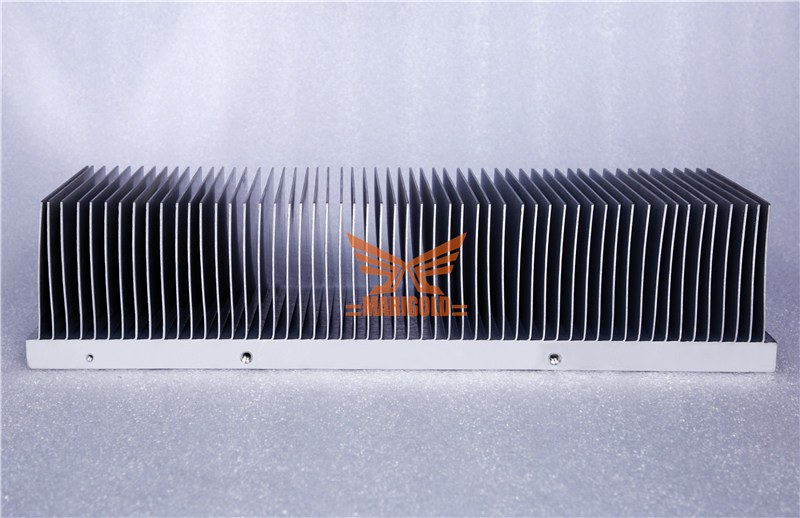 Shovel tooth cooling fin of IGBT-